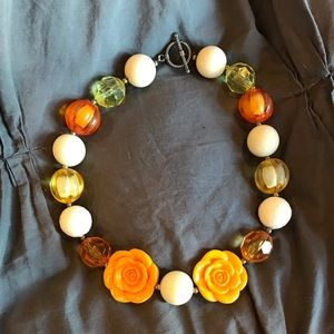 Other - Girls Beaded Necklace🧡💛